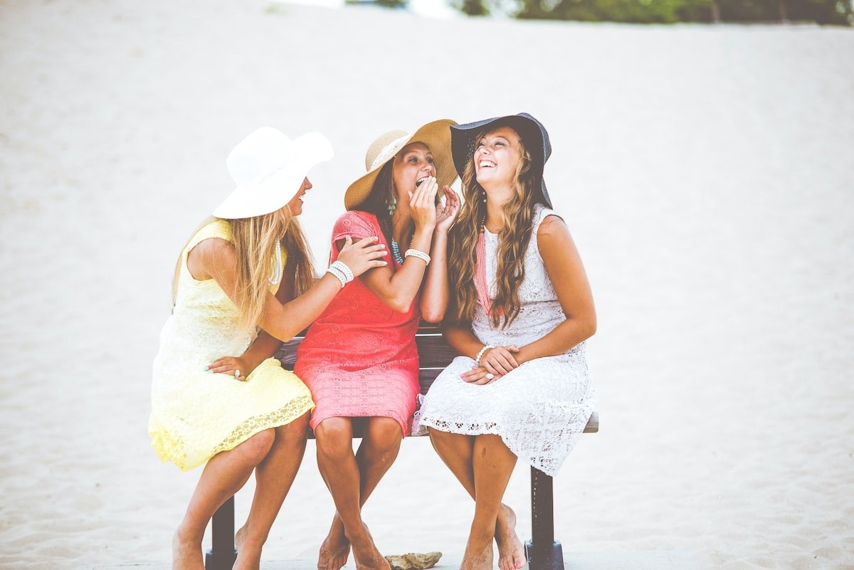 Friends and Finances DO Mix: Here's Why